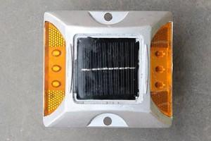 paku-marka-solar-6-lampu