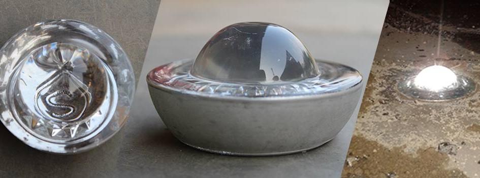 Paku marka kaca (tempered glass road stud)termasuk populer digunakan sebagai paku marka jalan. Selain daya reflektifnya yang bisa diandalkan. Paling banyak digunakan atau yang cocok di Indonesia dalah warna putih. Kami menyediakan berbagaitipe paku marka jalan kaca, antara lain: TIPE