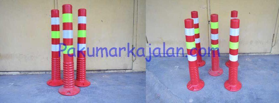 Kami menjual Patok Jalan atau Stick Cone dan melayani pengiriman keseluruh Indonesia. Patok Jalan atau Stick Cone digunakan sebagai pembatas samping jalan atau petunjuk pembatas bagi pengendara jalan. Spesifikasi : – Type GTM-PB17 – Height : 750 mm – Weight