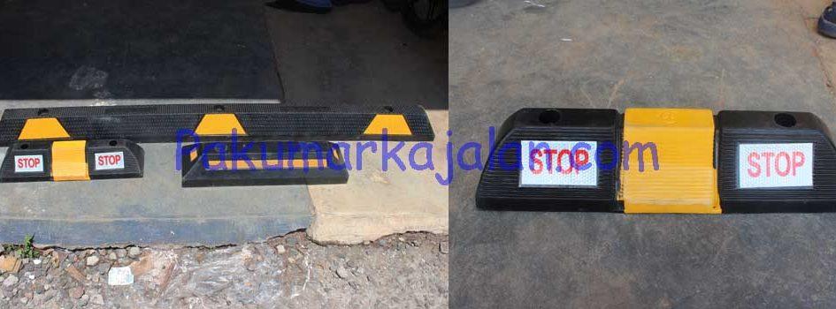 Stopper Parkir berfungsi sebagai batas ban kendaraan pada saat sedang parkir. Stopper parkir ini terbuat dari bahan karet padat agar aman bagi kendaraan dan mempunyai ketahanan yang lama. Spesifikasi : – Type : GTM-SP10 – Size L x W x