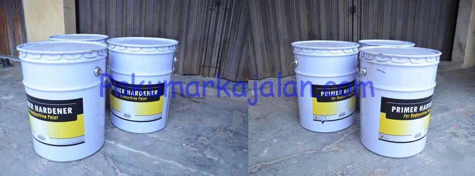 Thermoplastic Road Marking Paint atau Cat Termoplastik adalah bahan dasar cat garis marka jalan yang digunakan pada alat mesin marka jalan. Spesifikasi : – Sesuai dengan aturan yang berlaku. Office : 0251 – 8329 302 Contact Person : 0812 8074
